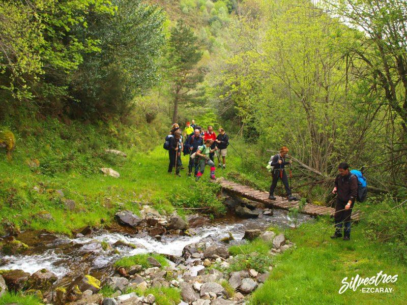 puentes_paseos_excursiones_ezcaray_ortigal_salidas_senderismo_guia_montaña_titulado