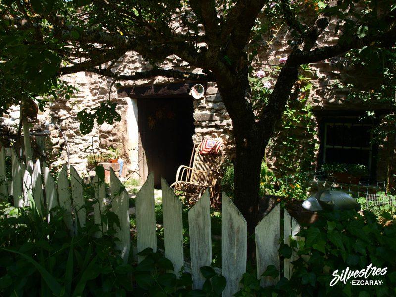 aldeas de ezcaray_arquitectura_serrana_que_ver_senderismo_guiado