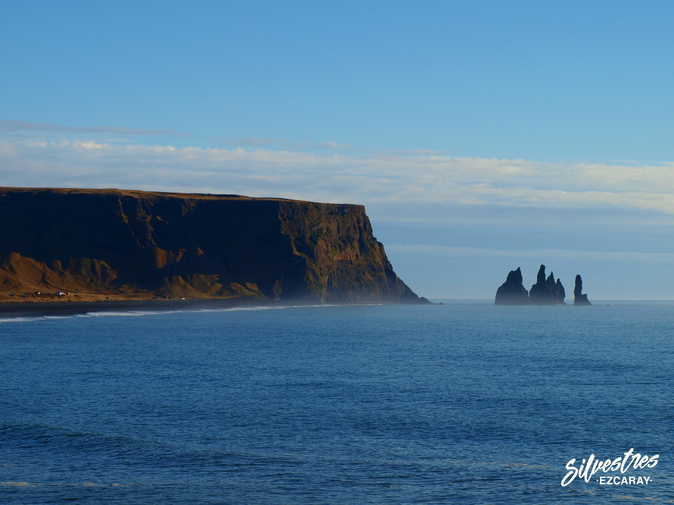 visitar_viajar_islandia_playa_dýrholaey_pinaculos_