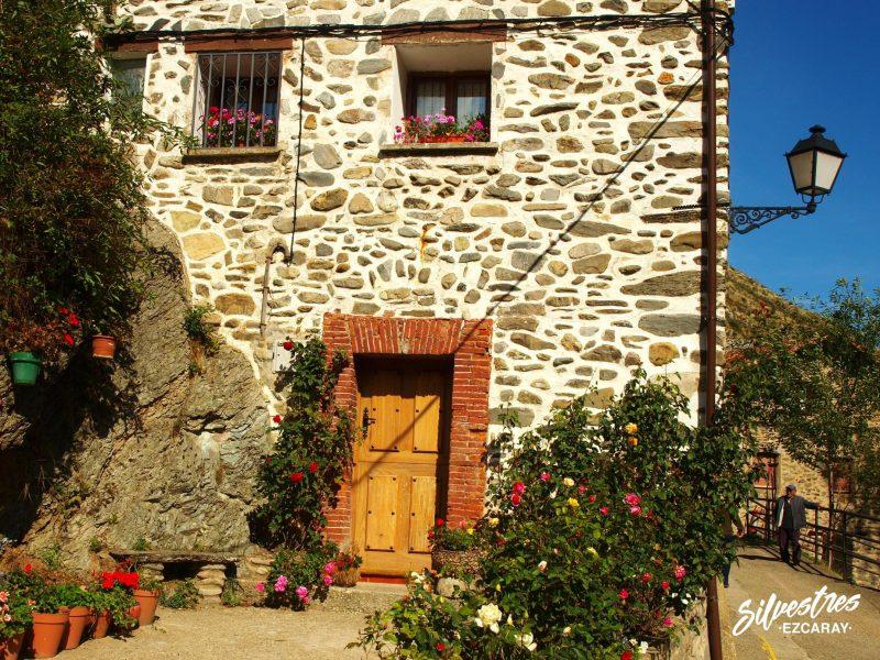 aldeas_ezcaray_posadas_arquitectura_rural_que_visitar_hacer_excursiones
