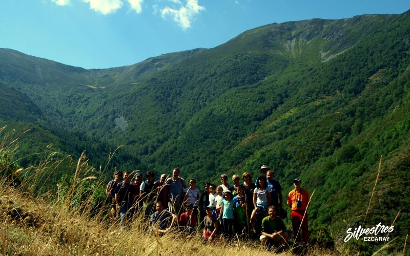 grupos_senderismo_ezcaray_agencias_de_viaje_tours_club_montaña_la_rioja_turismo_ecoturismo