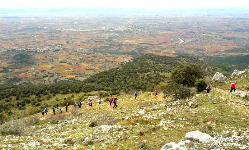 paisaje_viñedos_bodegas_la_rioja_haro_sonsierra_subida_monte_toloño_guia_montaña