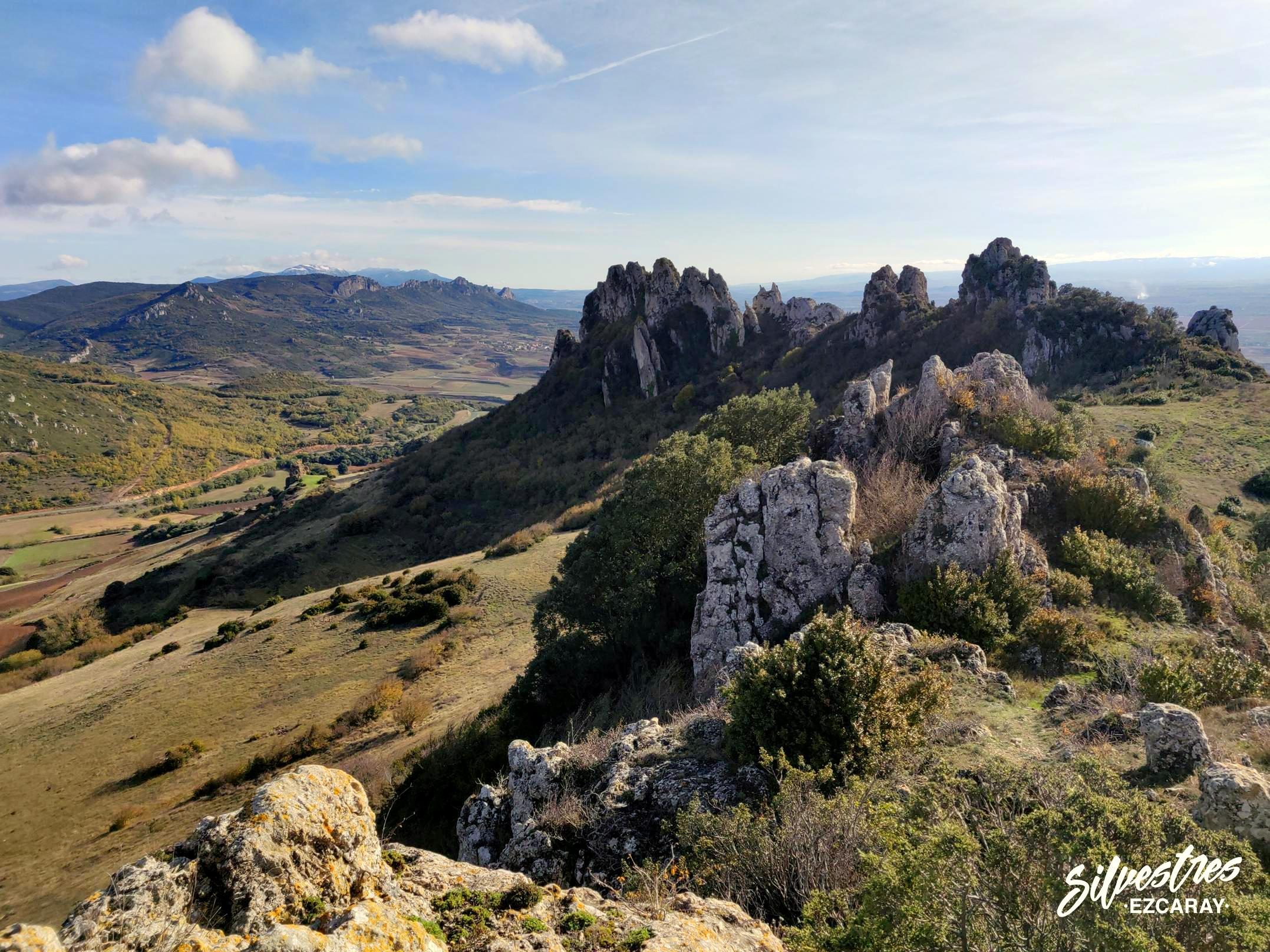 obarenes_sierra_cantabria_toloño_geología_relieve_paisajes_guia_montaña